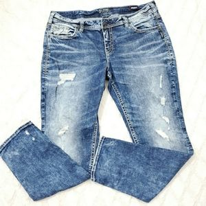 Silver jeans Distressed Boyfriend super stretch